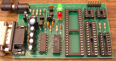На руках имеется программатором EXTRA-PIC, описание и схема тут: http...